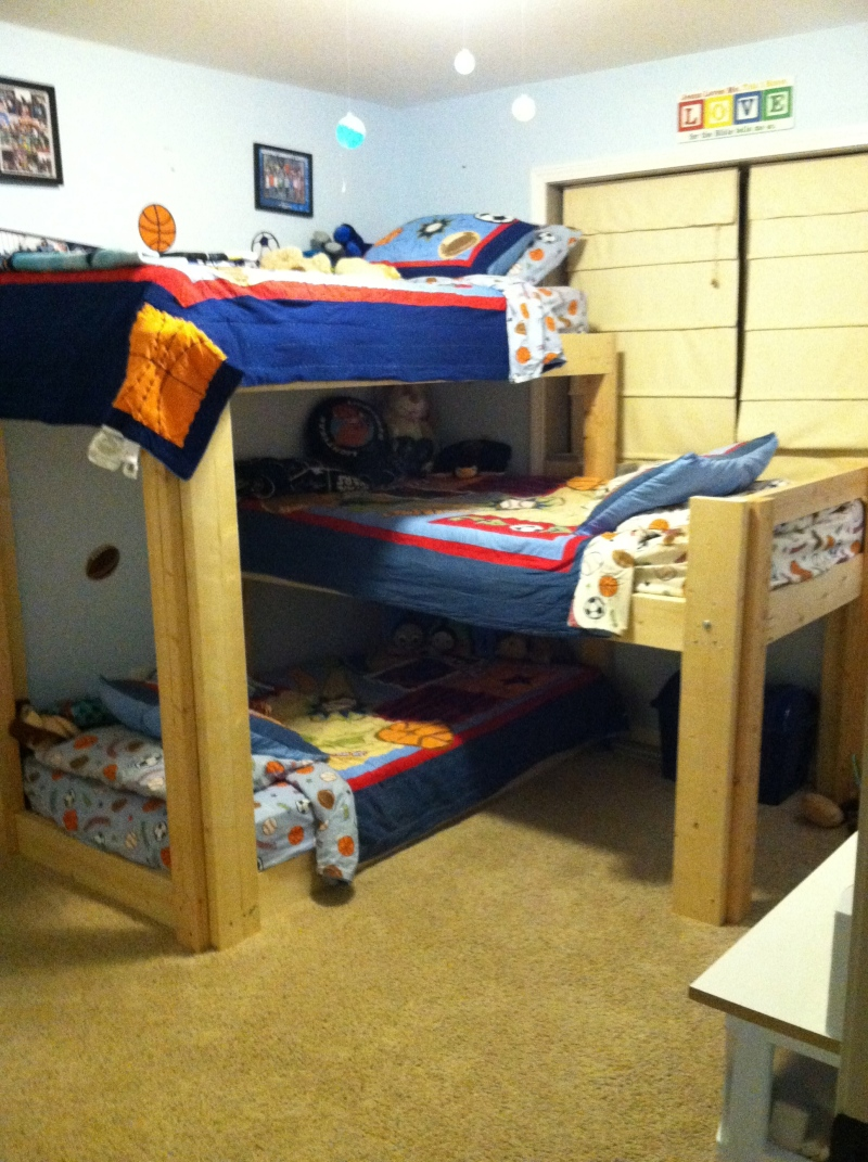 Triple bunk bed plans l shaped plans diy how to make for Plan bed